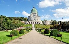 Saint Joseph's Oratory of Mount Royal, is a Roman Catholic minor basilica and national shrine on Westmount Summit in Montreal, Quebec. It is Canada's largest church. Wikipedia